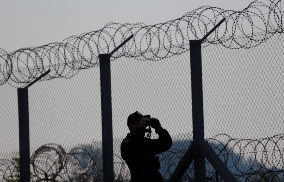 Die Errichtung des Grenzzauns sorgte im Herbst 2015 für großes Aufsehen. Seitens der EU wurde der ungarische Alleingang kritisiert.