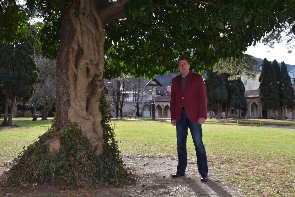 Rudi Bauer ist einer der Initiatoren des Baumlehrpfades, der im Schwazer Stadtpark starten soll.
