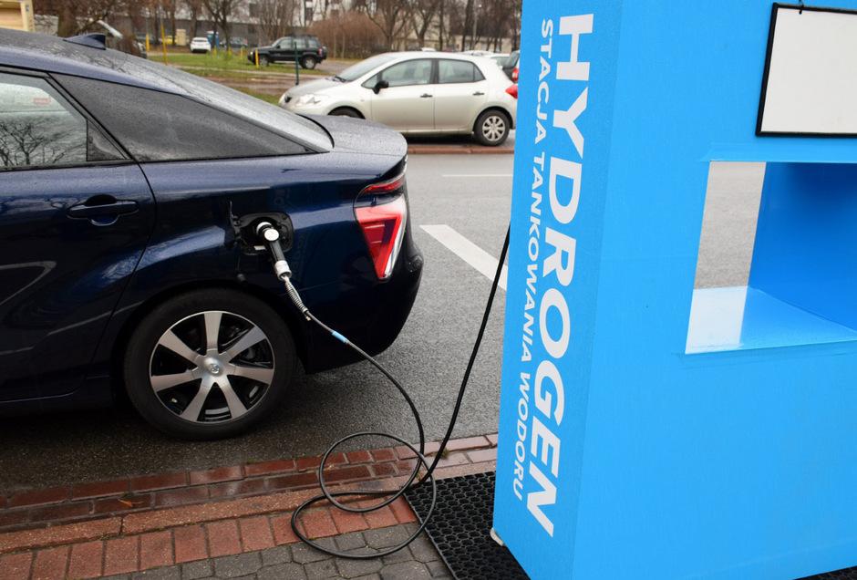 Derzeit wird Wasserstoff  fast ausschließlich mit sehr hohem Energieaufwand durch fossile Brennstoffe hergestellt, und ist daher nicht klimaneutral. (Symbolfoto)