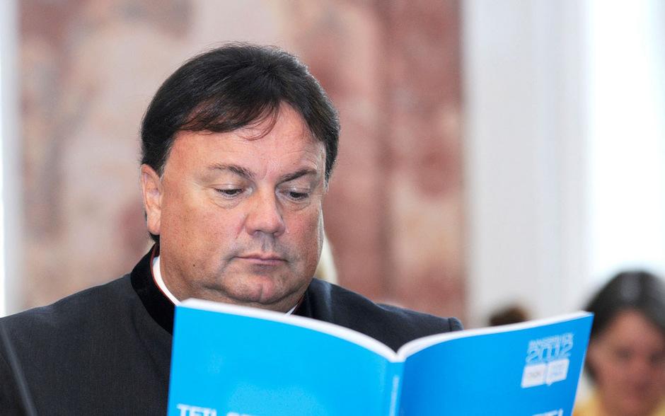 Grundstückserlöse sollen das Budget von Köll gesundspülen. Doch der Matreier Bürgermeister sitzt auf einem Pack offener Rechnungen.