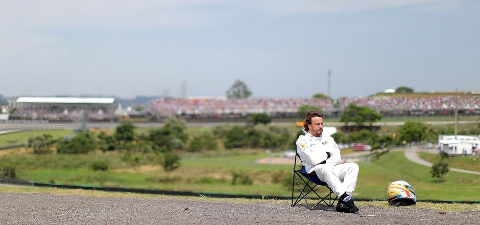 Formel-1-Pause für Fernando Alonso: Der 35-jährige Spanier fährt als erster McLaren-Fahrer nach 38 Jahren Pause die 500 Meilen von Indianapolis.