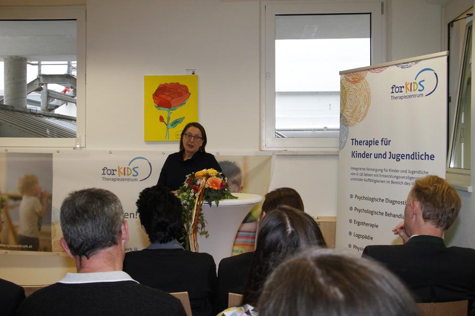 """Landesrätin Christine Baur eröffnete gestern Nachmittag das Therapiezentrum """"forKIDS"""" in Kitzbühel."""