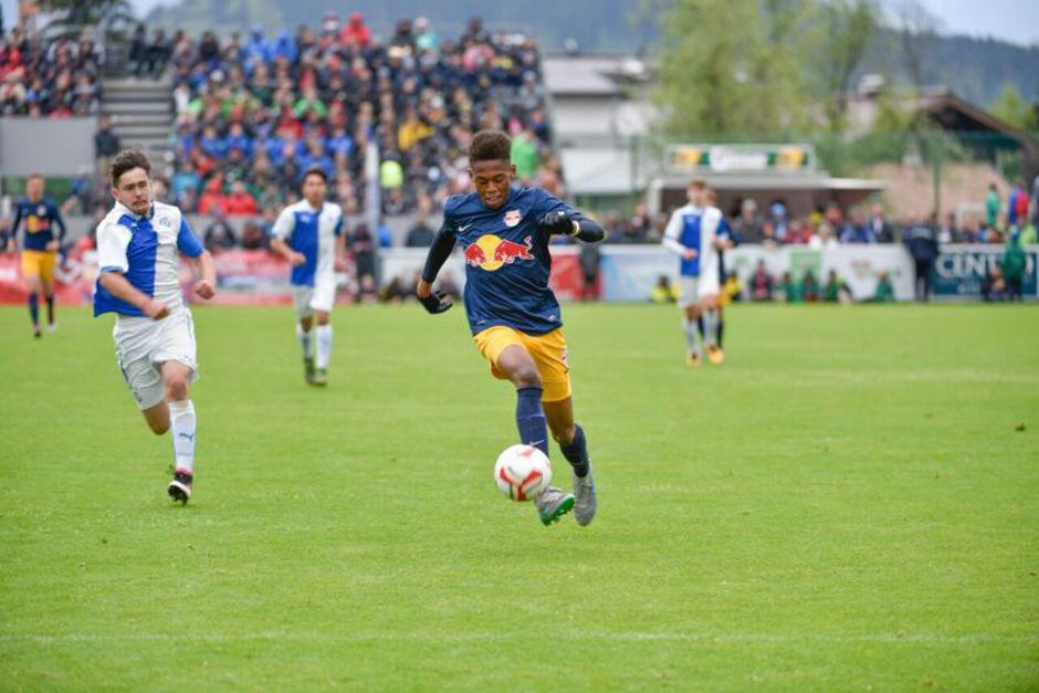 Auch die Jungbullen des FC Red Bull Salzburg werden heuer wieder beim Cordial Cup spielen. Ein besonderes Highlight steht für die Kicker des FC Kirchberg an, sie werden gegen den FC Barcelona spielen.