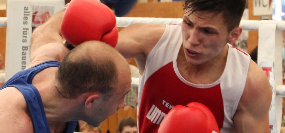 Auch der Innsbrucker Edin Avdic (rot) ist bereit für den Boxländerkampf gegen Bayern.