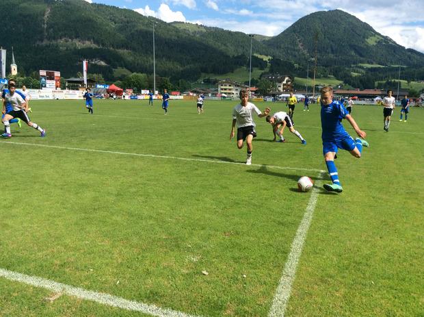 In ihrer Gruppe stand die U15 der Akademie Tirol am Ende ganz oben – Felix Kerber und Co. besiegten auch Team Südostschweiz.