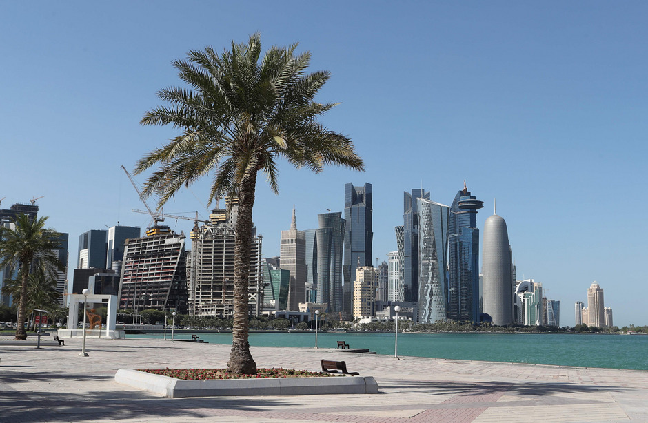 Blick auf die Skyline von Katars Hauptstadt Doha: Das Emirat, das 2022 die Fußball-WM austragen soll, wurde am Montag von seinen Nachbarn weitgehend isoliert.