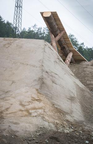 Groß, größer, Crankworx: Von dieser Holzkonstruktion springen die Mountainbiker ab.