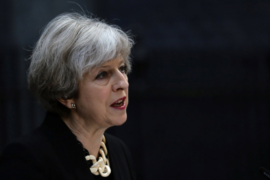 Zwar liegen die Tories um Regierungschefin Theresa May in den meisten Umfragen zur Unterhaus-Wahl am Donnerstag noch vorne - aber nur hauchdünn.