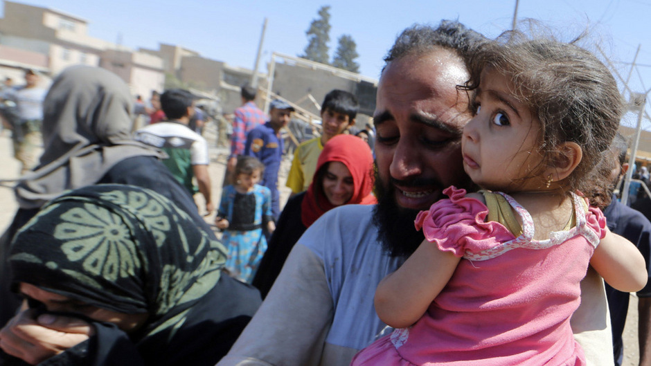 Menschen fliehen in Mosul vor dem IS.