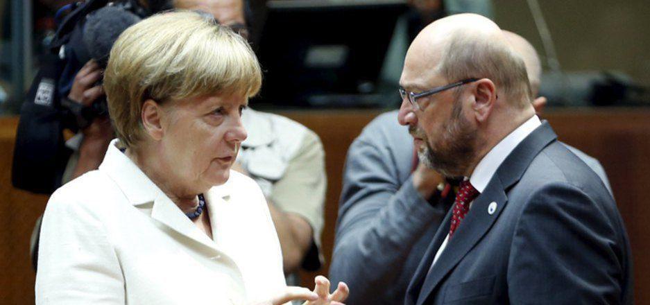 Kanzlerin Merkel und die CDU liegen derzeit deutlich vor der SPD um Martin Schulz.