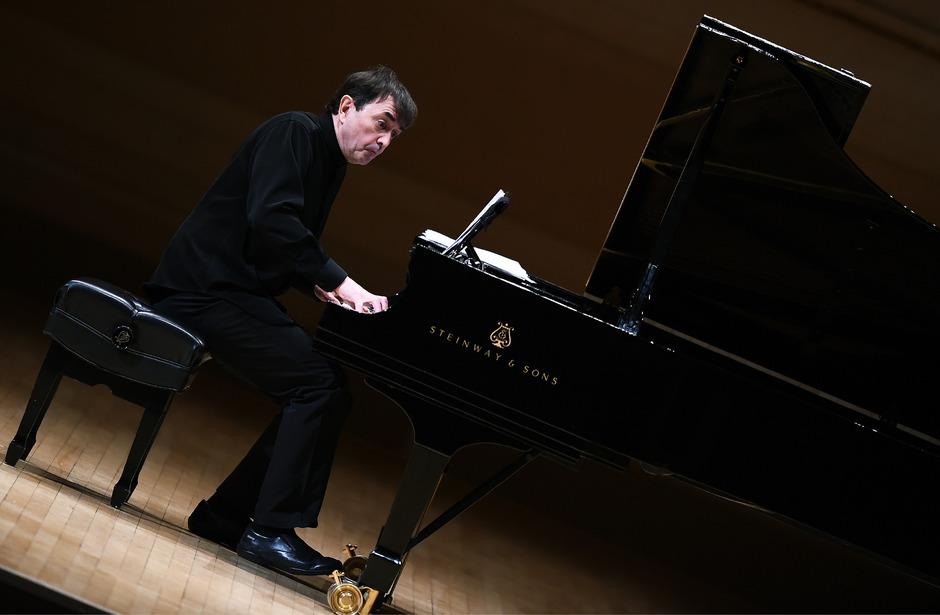 Pierre-Laurent Aimard wurde in der vergangenen Woche mit dem höchstrenommierten Ernst-von-Siemens-Musikpreis ausgezeichnet.<span class=&quot;TT11_Fotohinweis&quot;>Foto: AFP/Samad</span>