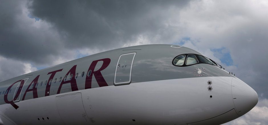 Nach dem Landeverbot für Qatar Airways in mehreren arabischen Staaten, verschärfen die Vereinigten Arabischen Emirate den Kurs noch: Bürger Katars dürfen nicht mehr in den Emiraten umsteigen.