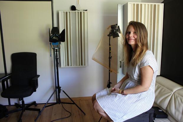 Im Studio von CH2 Media in der Weyrer-Fabrik sprach Johanna Schwarz über die Panik beim Air&Style 1999 am Bergisel.