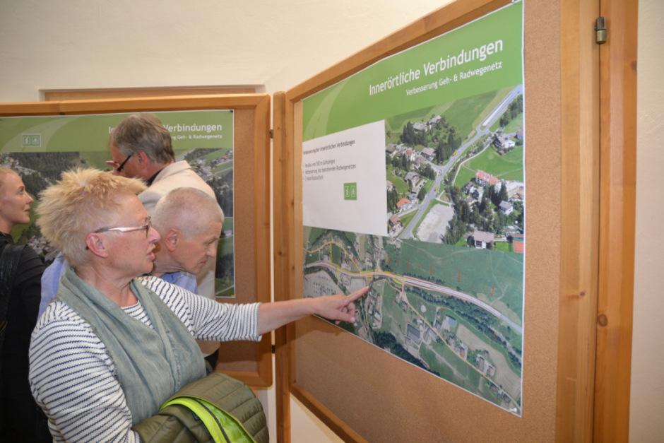 Im Rahmen einer Projektausstellung konnten sich die Scheffauer am Mittwoch über die Umgestaltung der B178 informieren.