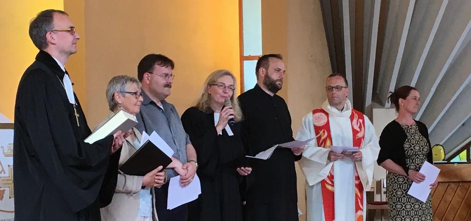 Zur Eröffnung fand in der evangelischen Auferstehungskirche in Innsbruck ein ökumenischer Gottesdienst statt.