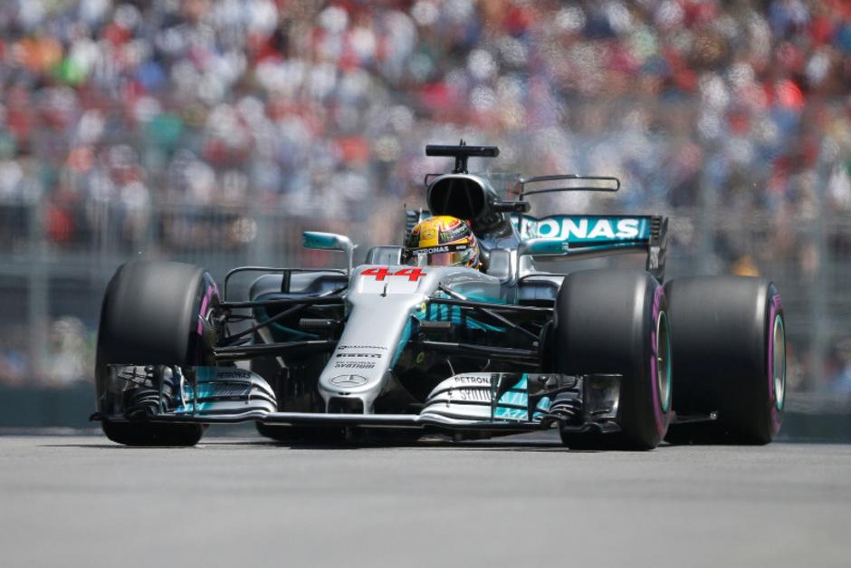 Lewis Hamilton hat sich vor Sebastian Vettel die Pole Position für den Großen Preis von Kanada gesichert.