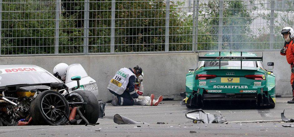 Mike Rockenfeller und Gary Paffett kollidierten. Beide Wagen wurden komplett zerstört, die Fahrer mussten ins Krankenhaus eingeliefert werden.