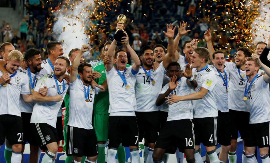 Jubel bei der jungen DFB-Elf.