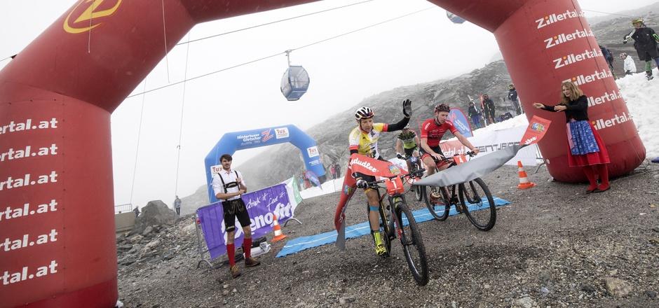 Der Deutsche Markus Kaufmann siegte bei der Zillertal Bike Challenge am Hintertuxer Gletscher.