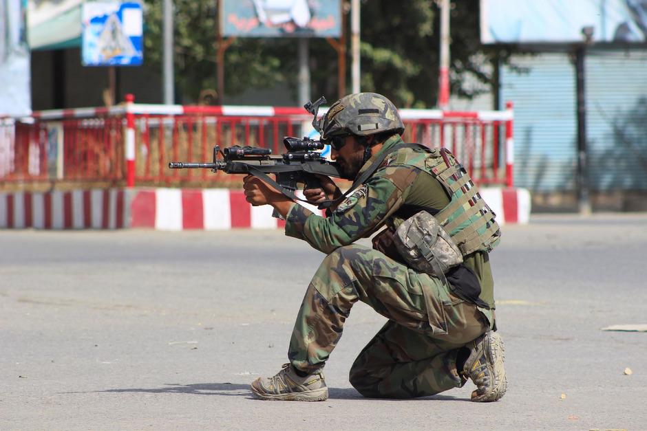Die Taliban liefern sich mit der afghanischen Armee heftige Gefechte in Kunduz.