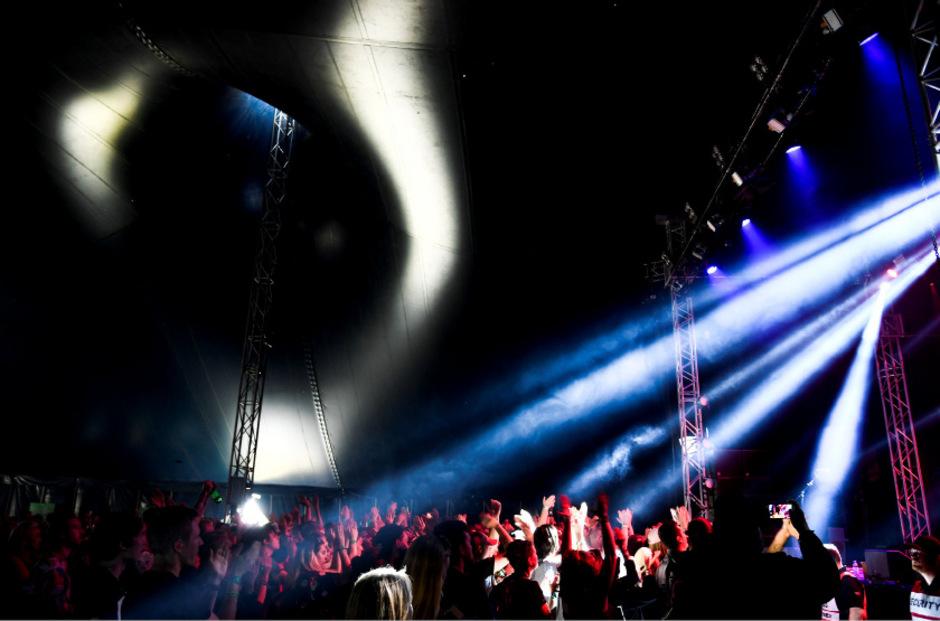 Das Bravalla-Festival ist mit 50.000 Besuchern eines der größten Musikfestivals in Schweden.