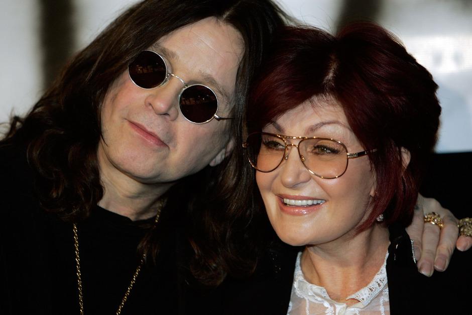 Doch nicht alles aus und vorbei? Ozzy Osbourne und seine Frau Sharon feierten ihren 35. Hochzeitstag offenbar gemeinsam.