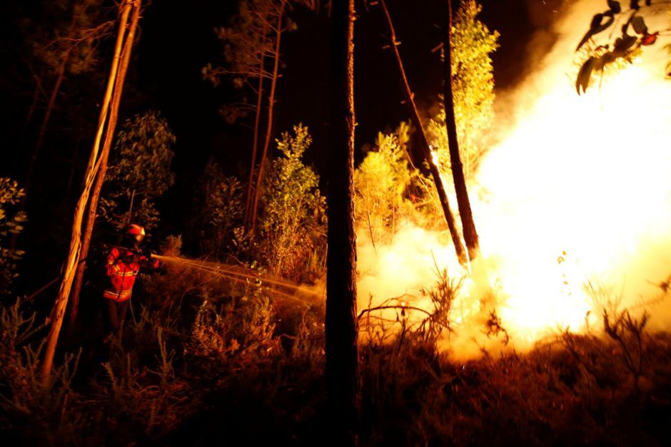 Bei dem Brand im Zentrum des Landes starben im Juni 64 Menschen.