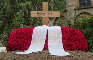 Kohl ist am 16. Juni verstorben.