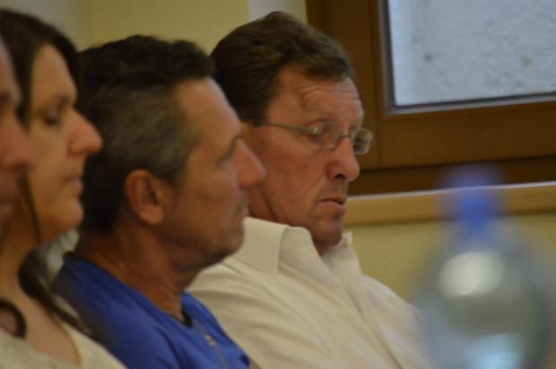 Der ehemalige Bürgermeister Otto Mauracher (r.) nahm als einfacher Mandatar an der Sitzung teil. Wortmeldungen gab es von ihm keine.