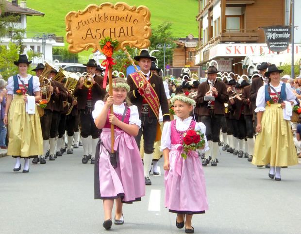 In Kirchberg nahmen 30 Gruppen am Bezirksmusikfest teil.