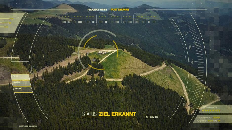 Die Post-Drohne hat ihr Ziel im Visier.