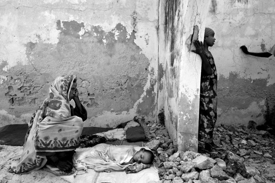 Hunderttausende Kinder leiden unter Mangelernährung und in den Lagern grassiert die Cholera.