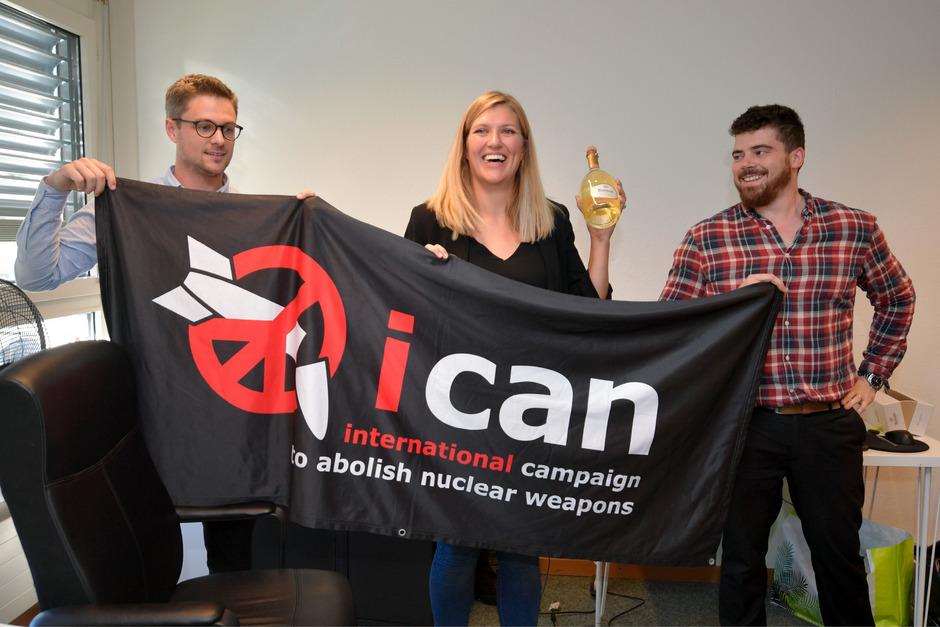 Daniel Hogstan, Beatrice Fihn und Will Fihn Ramsay von ICAN.