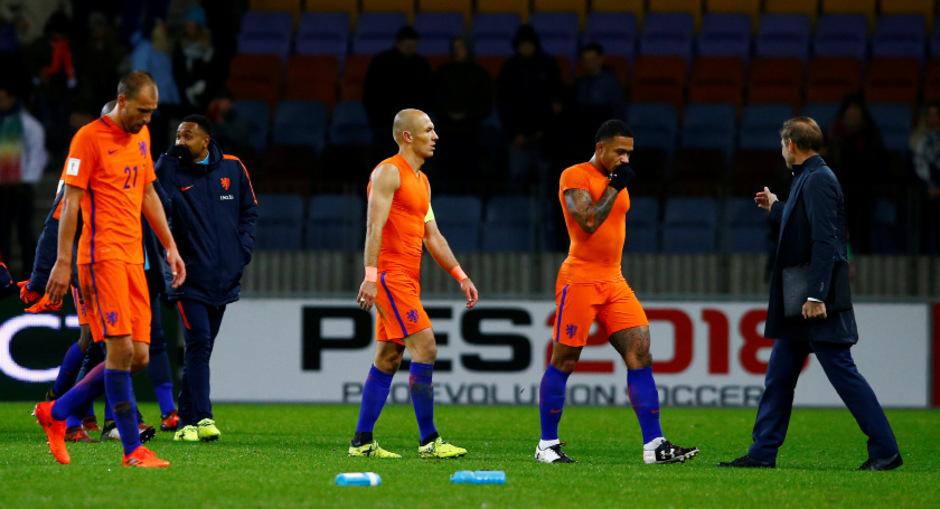 Arjen Robben und Co. machen sich keine allzu großen Hoffnungen mehr auf ein WM-Ticket.