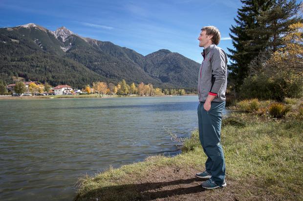 Zeit zum Abschalten: Am Wildsee in Seefeld sammelt das deutsche Ski-Ass Fritz Dopfer Kraft für kommende Aufgaben.