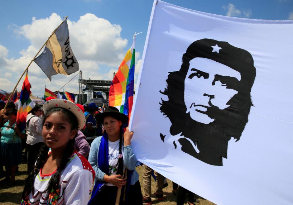 """Am 50. Todestag von Ernesto """"Che"""" Guevara hat die lateinamerikanische Linke des argentinischen Revolutionärs gedacht."""