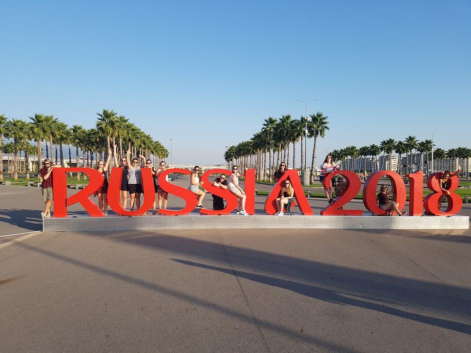 Ob St. Petersburg (oben), Cannes oder Sevilla (Fotos im Artikel): Die Schülerinnen und Schüler der HLW Landeck verteilten sich bei ihren Sprachwochen über den ganzen Kontinent.