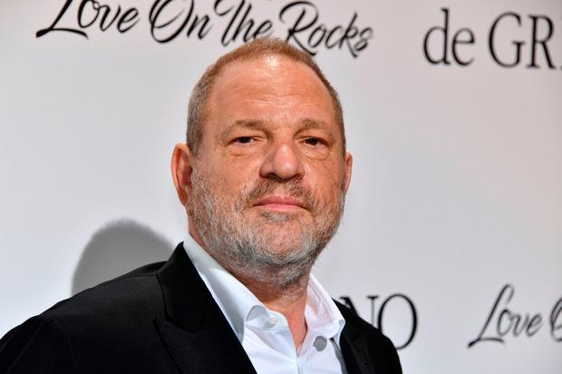 Harvey Weinstein soll seine Stellung jahrelang ausgenutzt haben, um sich an Schauspielerinnen ranzumachen und sie sexuell zu bedrängen.
