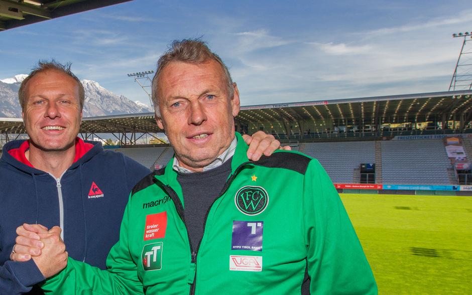 Zwei Trainerkonkurrenten, die sich respektieren - Karl Daxbacher und Thomas Silberberger entspannt nach dem verbalen Schlagabtausch im Tivolistadion.