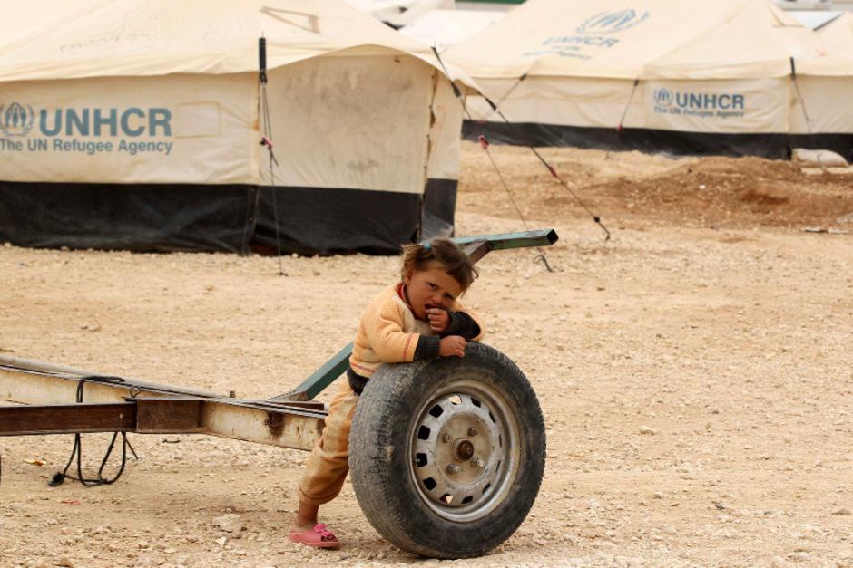 Rund 80.000 Menschen leben im Zaatari-Flüchtlingscamp in der jordanischen Wüste nahe der Grenze zu Syrien. Die Hoffnung ist bei vielen gestorben.