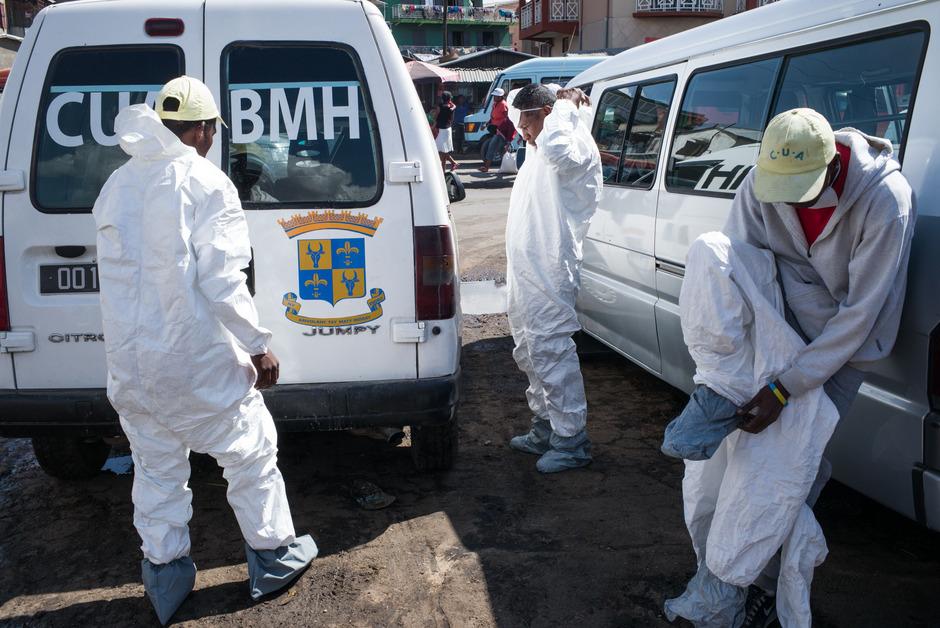 Mit Desinefktionstouren kämpfen die Behörden gegen die Ausbreitung der Lungenpest in der Hauptstadt Antananarivo.