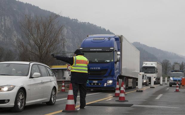 Grenzkontrollen beim Übergang Kufstein-Kiefersfelden. (Archivbild)