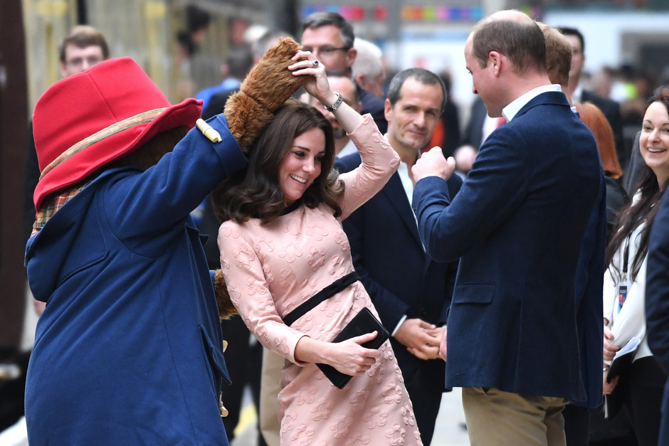 Herzogin Kate tanzte mit Paddington-Bär