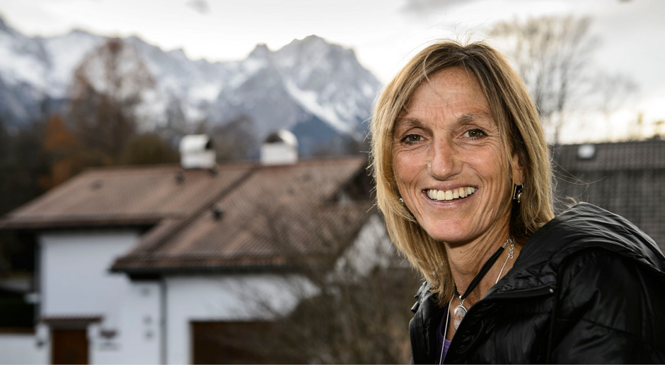 """Barbara """"Billi"""" Bierling kommt nur selten nach Hause nach Garmisch. Seit 13 Jahren verbringt sie die Bergsteigsaison in Nepal."""