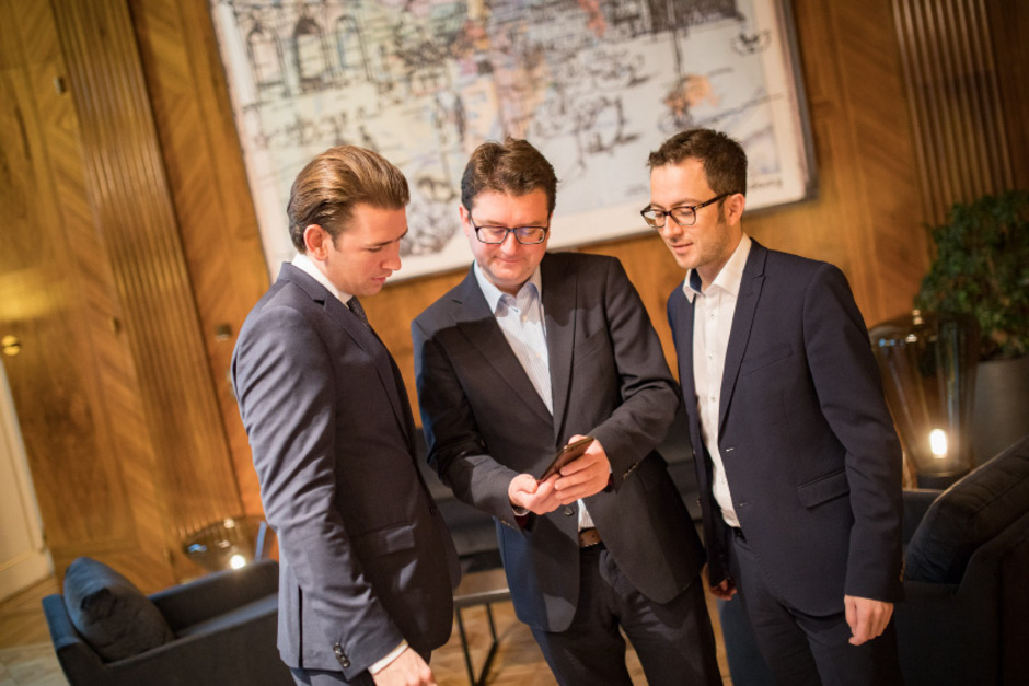 Johannes Frischmann (Umhausen) und Etienne Berchtold (Innsbruck, v.r.) sprechen auch weiterhin für Bundeskanzler Sebastian Kurz (ÖVP).