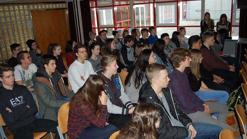 Es war das erste von vier geplanten Klassensprecher-Treffen.