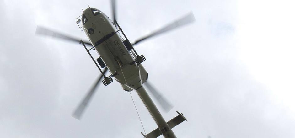 Am 29. April 2012 kam es beim Rettungseinsatz zum Unglück: Der Helipilot klinkte das Seil aus, an dem die Bergretter hingen.
