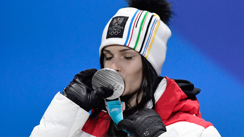 Titelverteidigerin Anna Veith freute sich über die Silbermedaille.