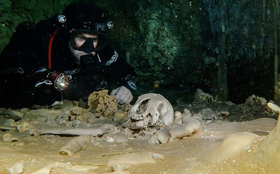 Die Forscher fanden Überreste von Menschen und Tieren.