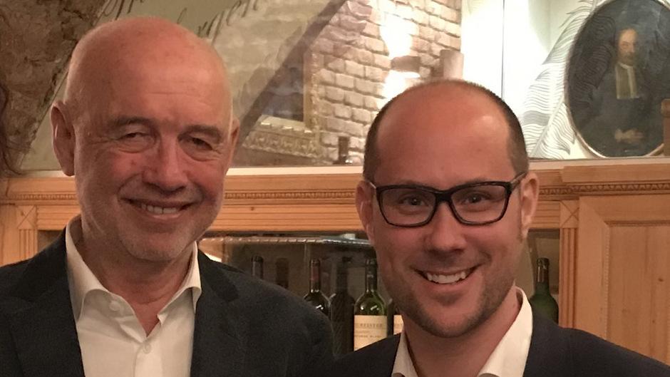 Andreas Braun (l.) und Hotelier Mario Gerber.